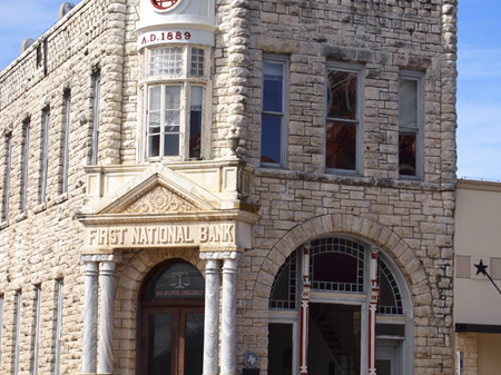 Exterior of First National Bank building - current